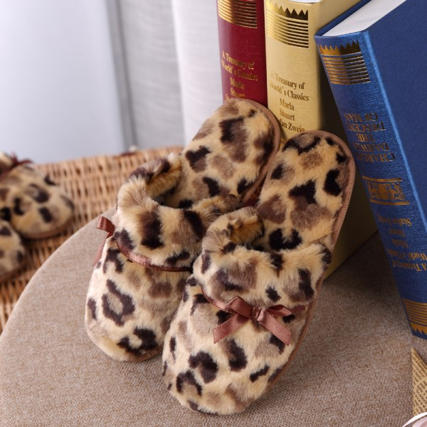 Womens Leopard Plush Slippers Memory Foam House Slippers for Girls