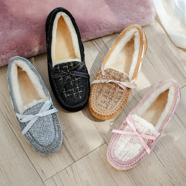 Women's Plaid Moccasin Slippers Shearling-Lined Suede Moccasins