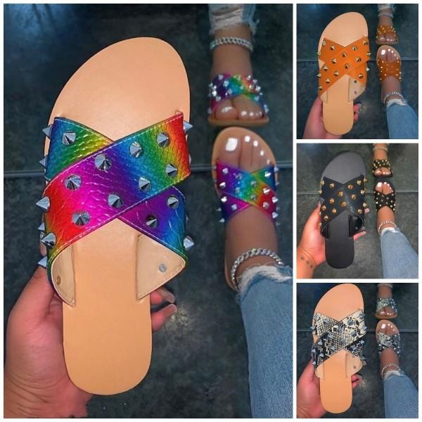 Glittering Rivets Slide Sandals Women's Fashion Flat Slippers