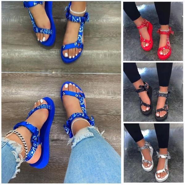 Bandana Tevas Sandals Women's Universal Flat Sandal